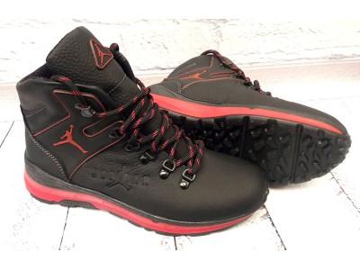 Ботинки мужские Jordan зимние кожа черные подошва красная DR0008
