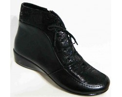 Кожаные ботинки женские весенние 36-43 размеры черные MD0039