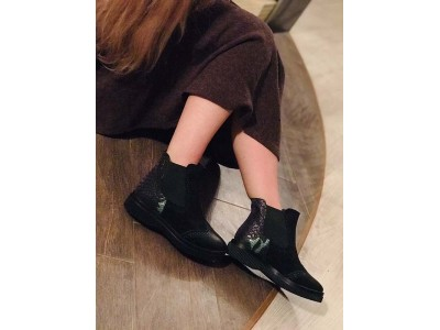 Стильные женские ботинки зима осень замша и кожа черные Uk0559