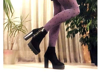 Женские ботинки на каблуке зимние осенние черные Uk0561