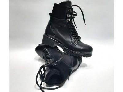 Ботинки женские на шнурках зимние осенние черные Uk0563