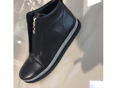 Женские ботинки демисезонные кожаные черные SZ0002