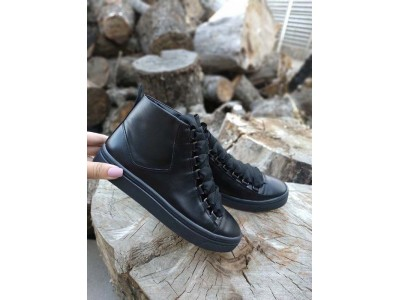 Ботинки на шнуровке женские демисезонные кожа черные SZ0004