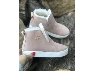 Зимние женские ботинки на меху замшевые бежевые Uk0546-1