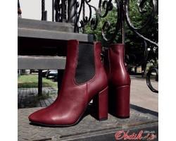 Ботинки женские AVK на каблуке из кожи замши осень зима разные цвета AV0032