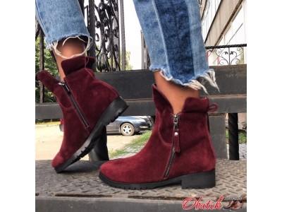 Ботинки женские AVK на низком каблуке из кожи замши осень зима разные цвета AV0030