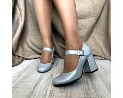Женские туфли AVK на каблуке кожаные AV0119