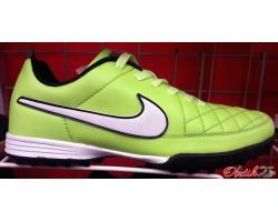 Кроссовки футбольные (бутсы, копочки, сороконожки) Nike NI0057
