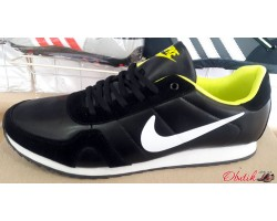 Кроссовки мужские Nike черные с салатовым и красным NI0074
